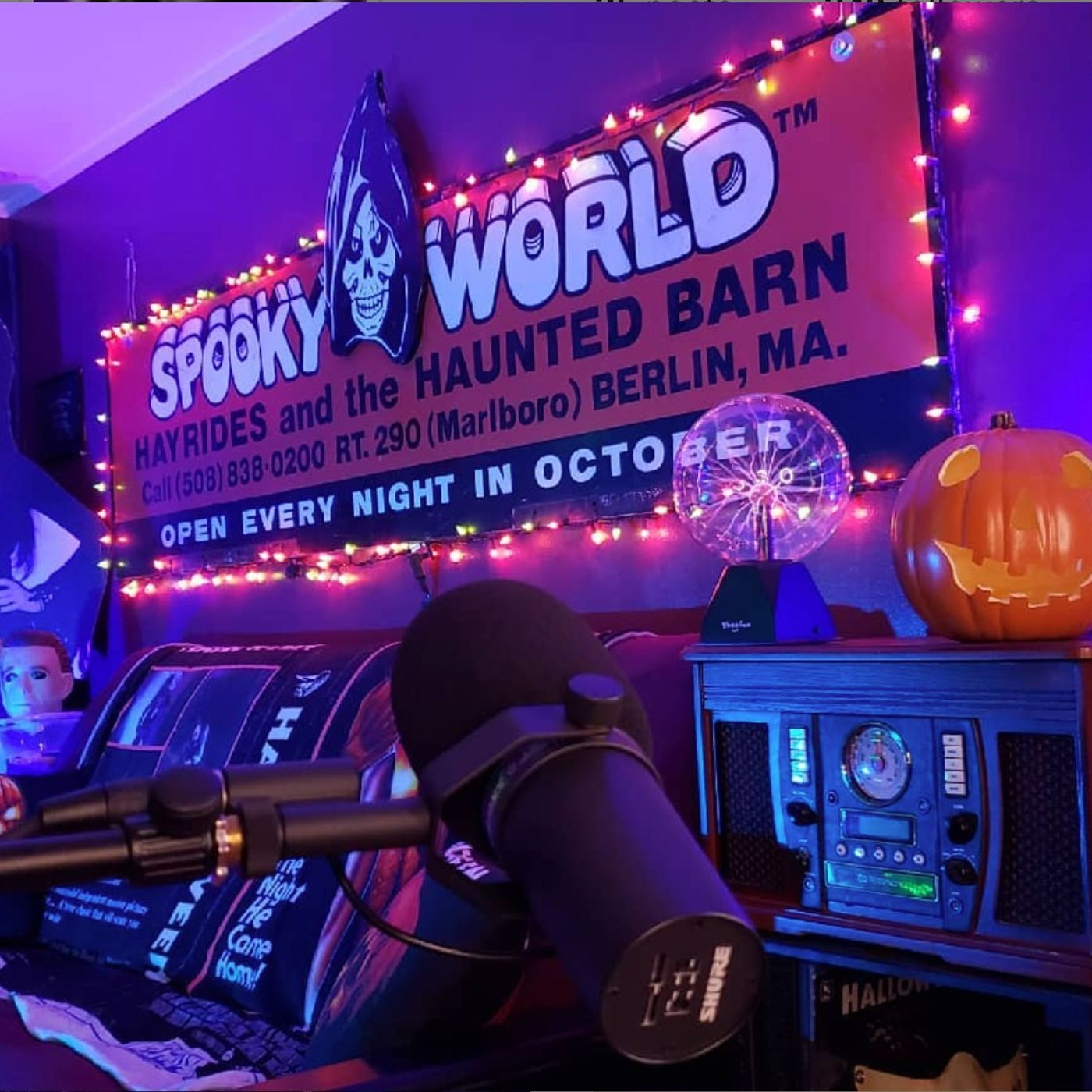Interview w/ The Crew of SpookyWorld - The Movie!