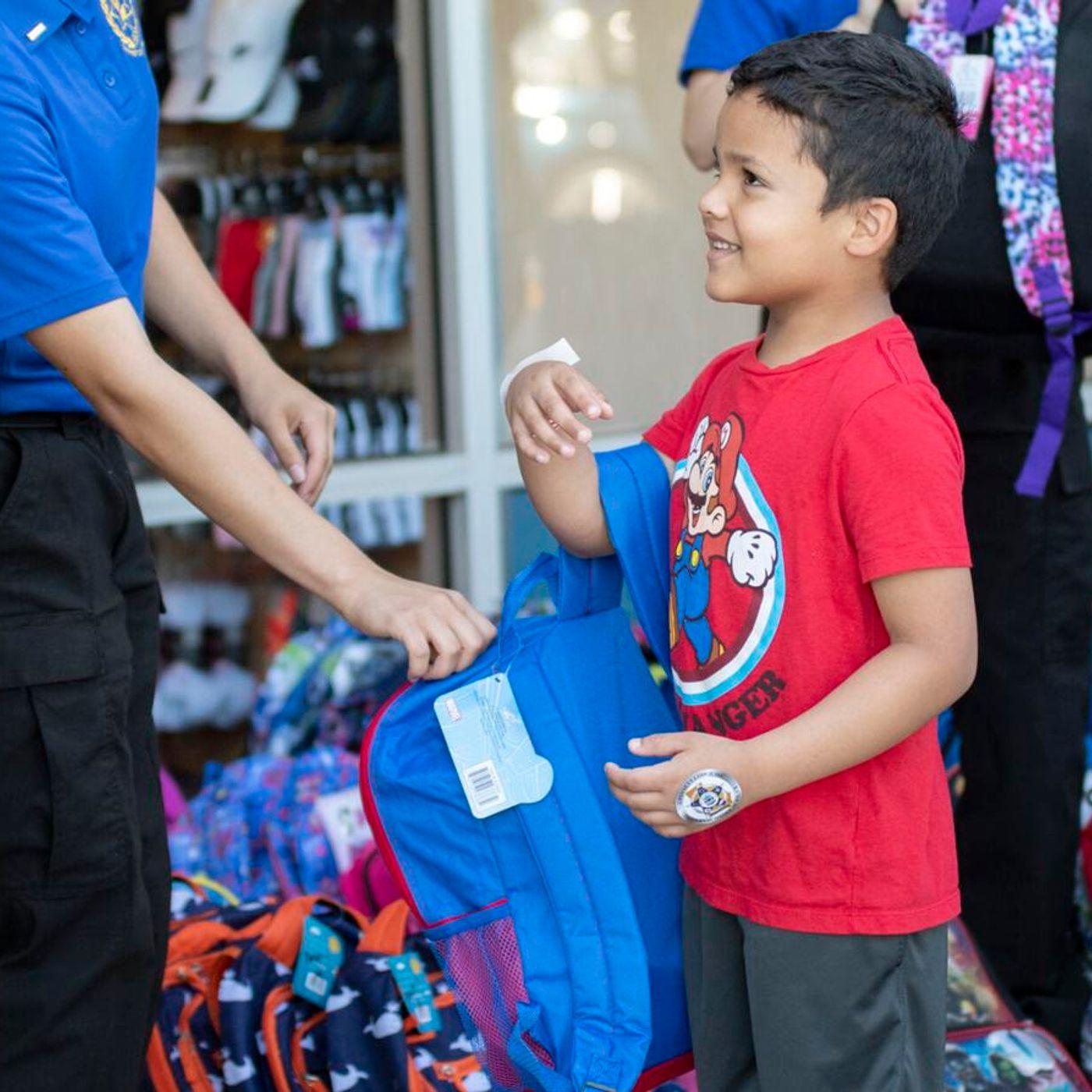 Cops & Kids Hang Out