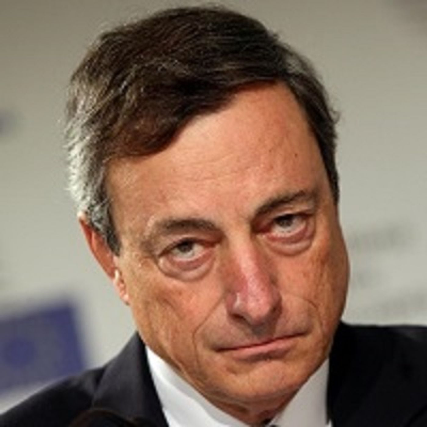 Draghi istiga all'odio contro i non vaccinati