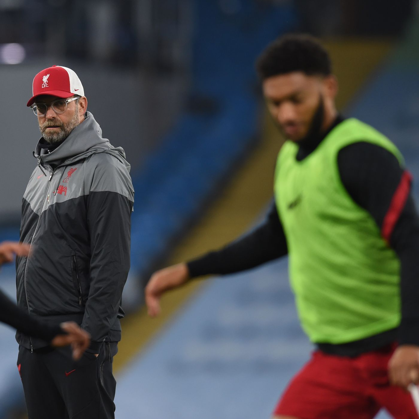 Blood Red: Q&A Special | Injuries, should Liverpool nip into the transfer market & squad selections