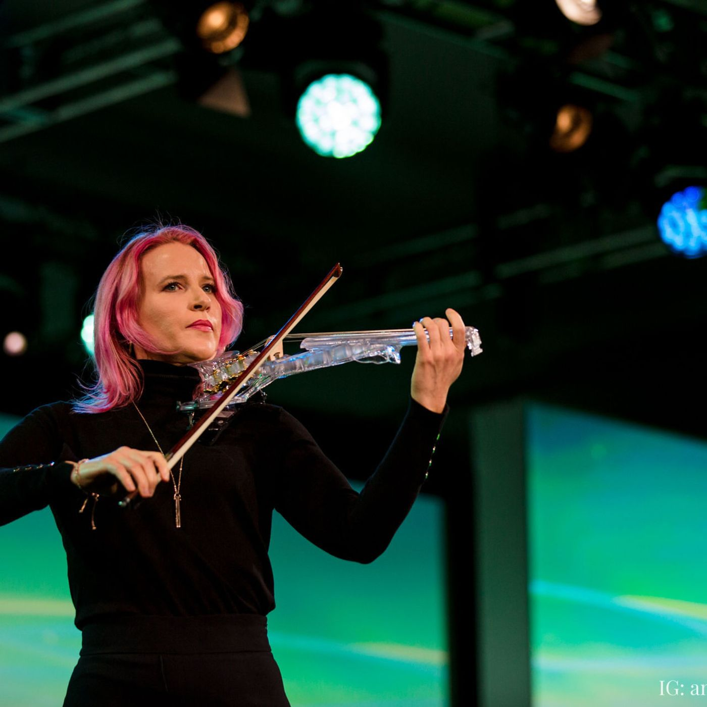 090- Finding One's Zone of Genius: Laura Escudés Pathway from Classical Musician to Live Show Designer and Producer