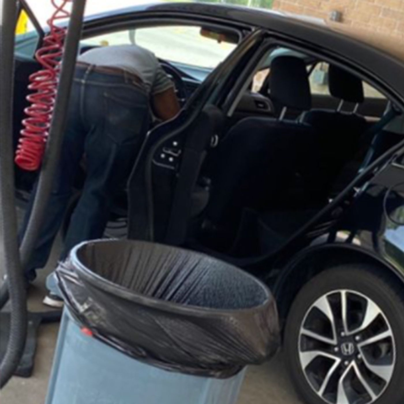Duryan got GOT (by a carwash) plus PK's closet almost makes the gang vomit
