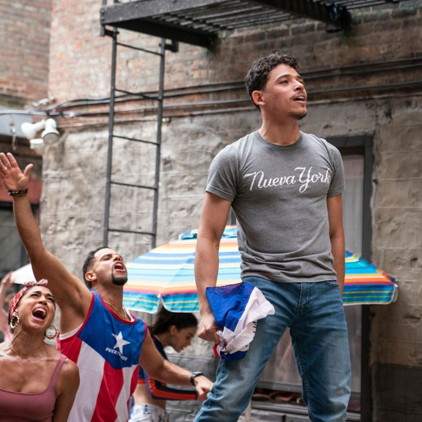 In The Heights, Physical and Luca