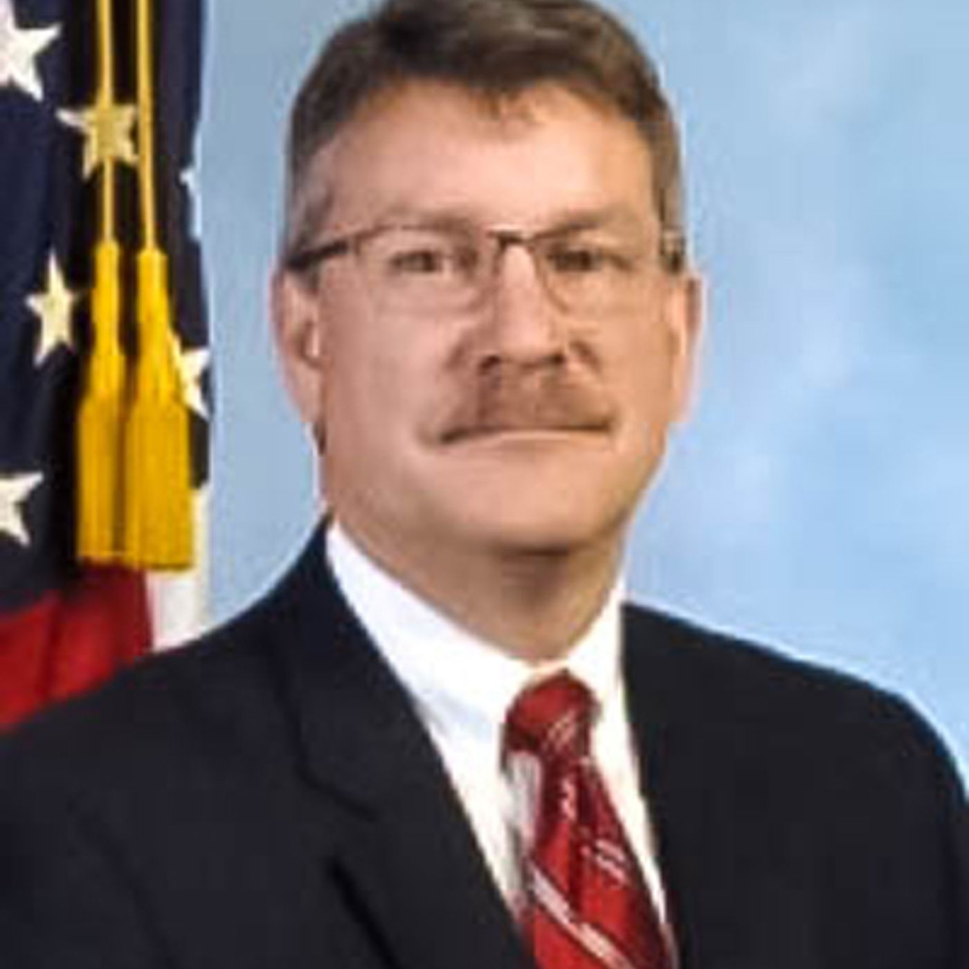 Ron Hosko Asst Dir FBI Interview on Comey, FBI, police, illegals  (ep#5-20/18)