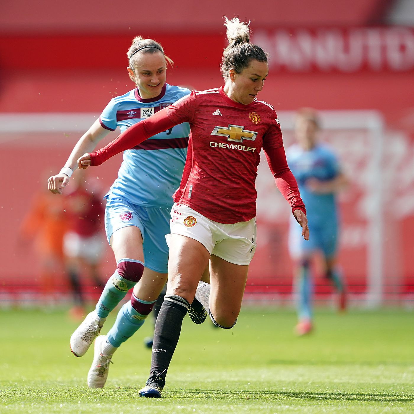 The Women's Football Show: Amy Turner's Man Utd ambitions, Karen Bardsley's injury nightmare and Northern Ireland's attempt to make history