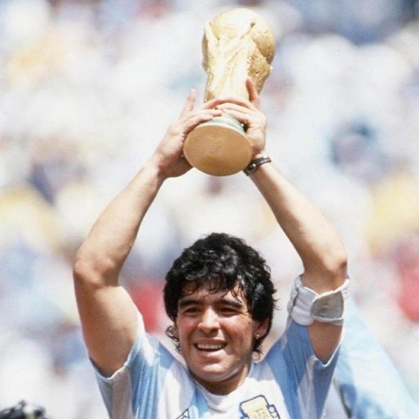 Il mito di Maradona: genio nel pallone, disastro nella vita