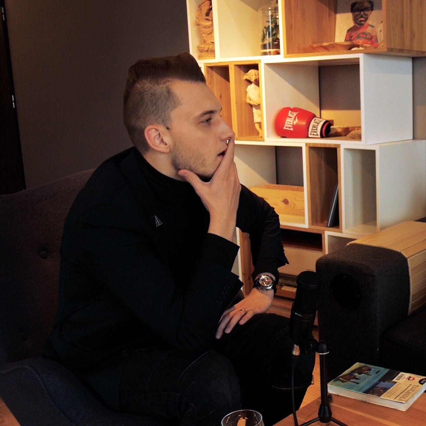 #17 Y - najbardziej znany iluzjonista w Polsce i twórca kanału na Youtube - Magic of Y.