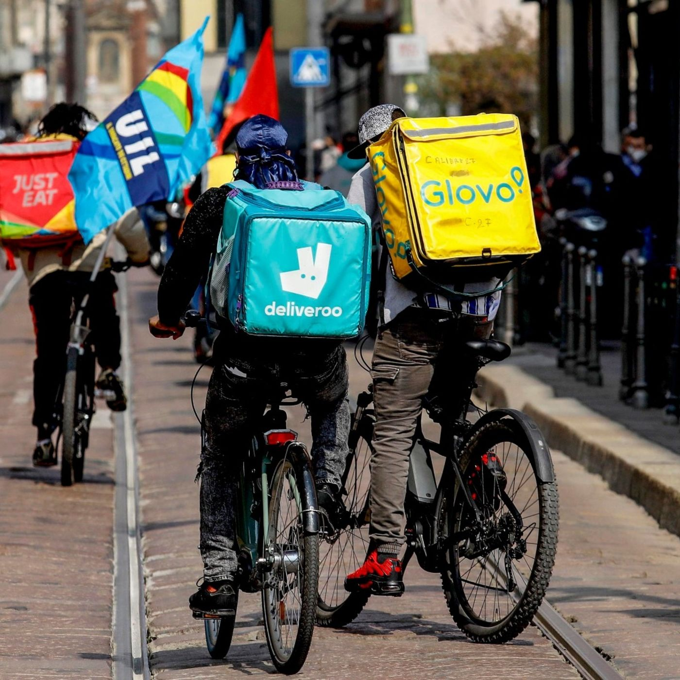 Dal milione di posti persi a riders e Jobs act: parliamo di lavoro