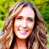 {e14} Building an Engaged Community for your Online Program with Lisa Consiglio Ryan