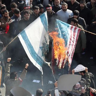 Negri: 'L'assassinio di Soleimani ha aperto il vaso di Pandora. Sarà difficile rinchiuderlo
