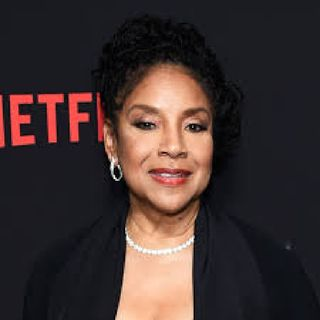 Phylicia Rashad ( Claire) Shizzy's Lit Podcast