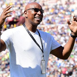 Former Ram Eric Dickerson Again Claims Patriots Cheated In Super Bowl XXXVI