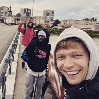 VAKAROP SU VYTENIU | Mindaugas Kuzminskas | kaip keliauti karantino metu?