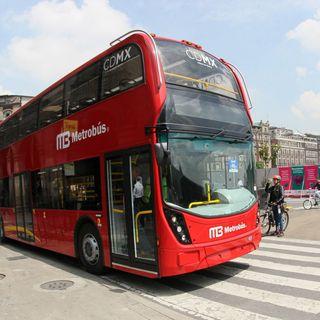 El director del Metrobús, Guillermo Calderón, habla sobre la línea 7