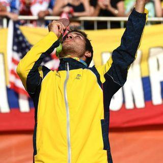 """El medallilsta Olímpico de BMX Carlos Ramirez """" The Lilttle Magician""""  confesó muchos detalles de su carrera."""
