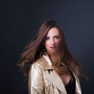 Singer Jenna Lotti stops by #ConversationsLIVE