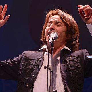 """ALBERTO FORTIS: il 31 luglio sarà al """"PALCO SUL MARE FESTIVAL"""" di Genova, per """"La musica che ci gira intorno"""". Con lui, andiamo poi al 1994."""