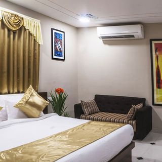 Deluxe Hotels in Udaipur,Luxury Hotels in Udaipur