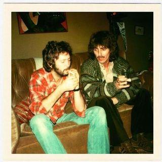Classicos do Rock Podcast #0523 #PaulMcCartney #AbbeyRoad #TheRollingStones #GnFnR #TWD #FearTWD #TheSimpsons #CobraKai #SharpObjects #rock