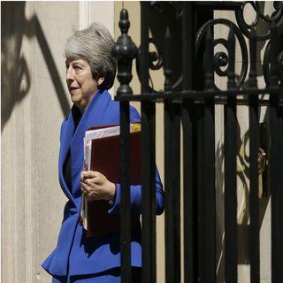 Con ovación, May deja Parlamento Británico
