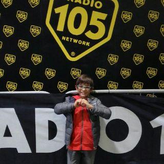 Andrea canta I Pistolas Radio105
