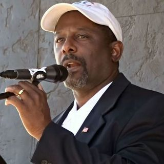 Casper Stockham (R) Businessman, USAF Veteran and Colorado Congressional Candidate Joins Us to Talk Illegal Immigration and Jobs, Jobs, Jobs