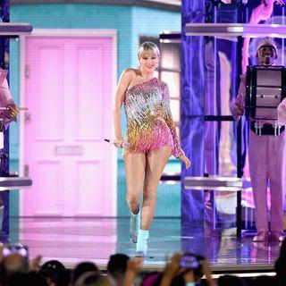 #104: Taylor Swift, Slacker Culture, Sally Rooney