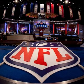 (LIVE NFL DRAFT REACTION) The Underground Railroad Show