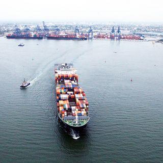 En la Vía No 10 - Inversiones para el desarrollo marítimo y fluvial