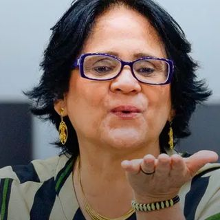 #43 - A bizarra política de abstinência sexual de Damares Alves