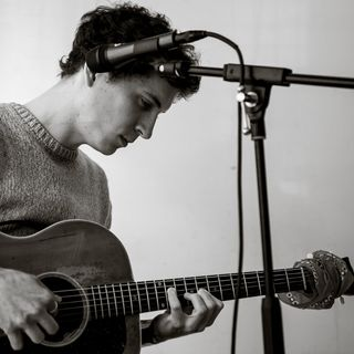 Singer/songwriter/chamber music innovator Noah Kite from Portland, OR is my very special guest!