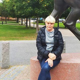Lena Sörbö bjuder in till Öppet Hus på Vivallaskolan 2:a december
