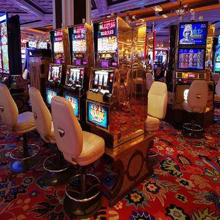 Cines, casinos y gimnasios reabren en Nuevo León