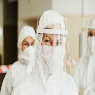 Covid - 19 Update : Face Shield Alone May Not Protect You From Coronavirus, Says World Health Organization