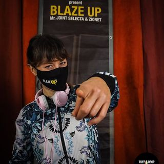 Dj Whitey B in session - Blaze Up live in Cavelab #2