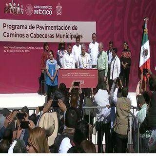 Presenta AMLO programa de pavimentación en Oaxaca