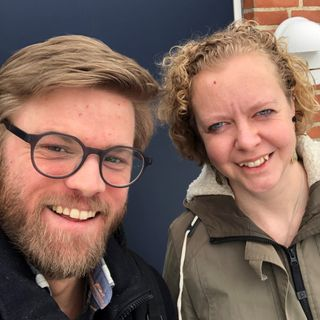 Mariæ bebudelses dag. Daniel Høgagard i samtale med Tenna Lyng Svensson