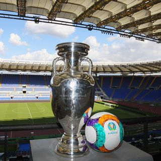 Previewing EURO 2020 with Danny from 6ixSideCalcio - Episode 104