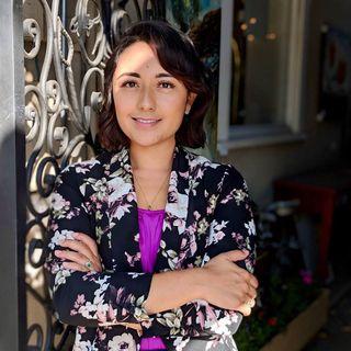 Paola Corzo: Ayudando a crecer a nuestra comunidad.