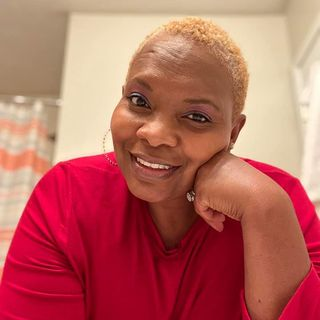 Cancer Survivor Valarie Hucks Cain shares her story on #ConversationsLIVE ~ #cancerwarrior #breastcancerawareness #yazoocity