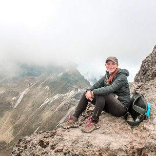 Episode 33 - Travel Fearless with Katie Minahan