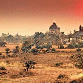 Myanmar Music LiveCast (ဘယ္ျမဳိ႕သူ ပုိမုိက္လဲ JFire&Gfatt)