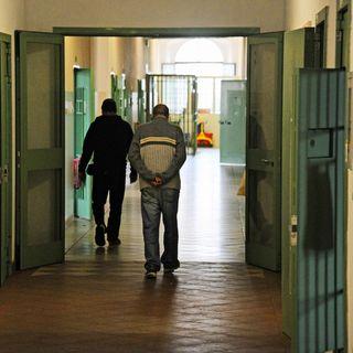 """""""Voglio stare in cella"""",dramma detenuti anziani"""
