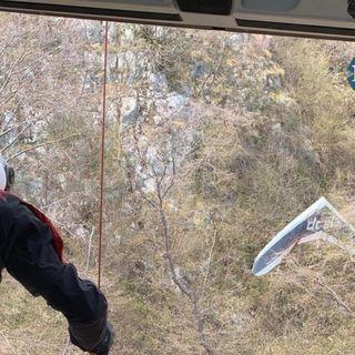 Tragedia sul Grappa: anziano pilota muore subito dopo il decollo col deltaplano