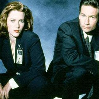 Radio News Round Up: X-Files, Trump's Approval Ratings and Supercuts!