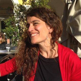 """""""Españoleando"""" Emisión Con Eva Ortega-Paino Investigadora contra el cáncer, En el recuerdo Francisco Alonso, Efémerides y la Tertulia."""