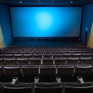 Ministro Bonisoli firma politica Netflix già attiva in USA: «Prima i film in sala e poi sul web».