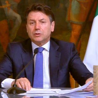 Firmato il nuovo Dpcm, da domani via alle nuove strette. Italia divisa in tre fasce