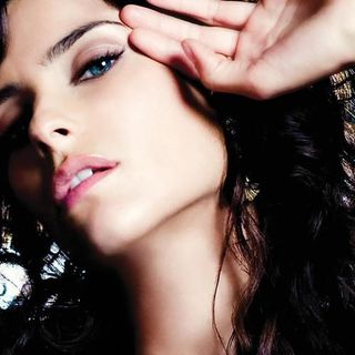 047 3HITSMIXED Nelly Furtado - Are You Free?