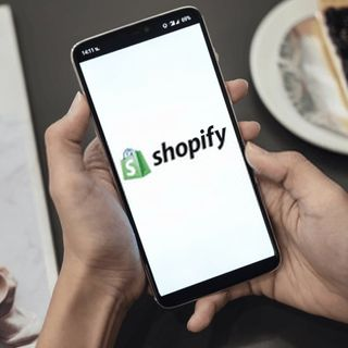Amazing Tips and Strategies to Design Your First Shopify Store